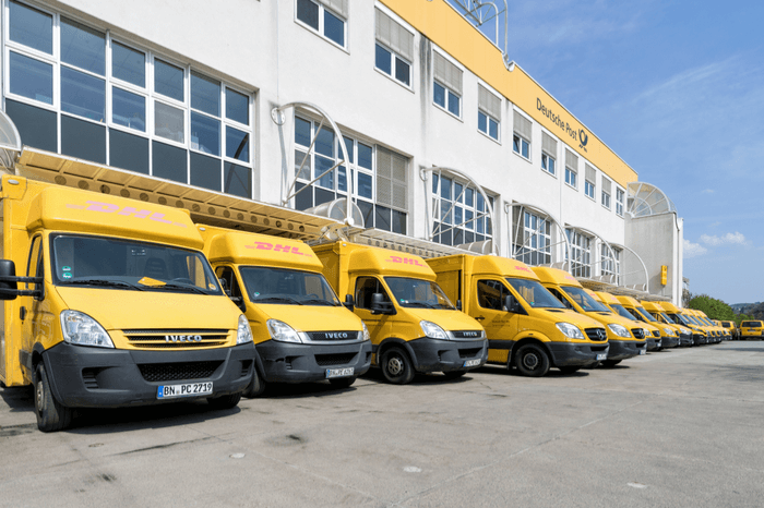 Transporter der Deutschen Post DHL Group