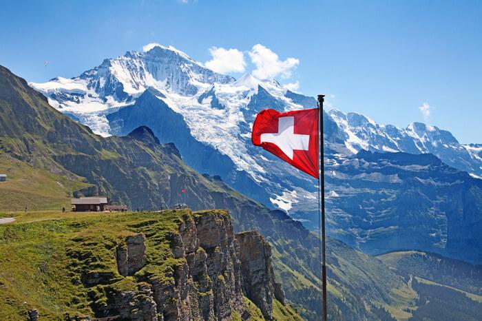 News-Bild Absurd: Schweizer Unternehmen transportiert Luft nach Asien