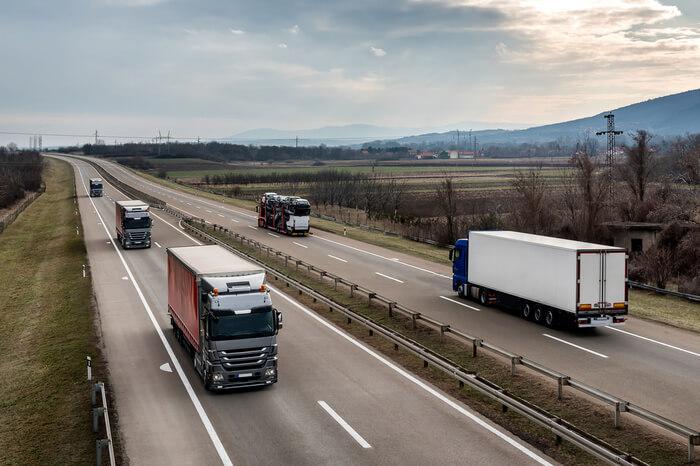 News-Bild Straßengüterverkehr: Wieder mehr Lkw auf den Straßen
