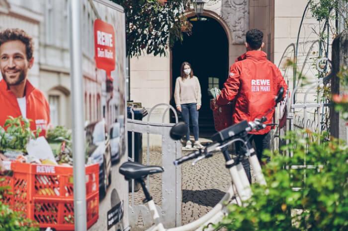 News-Bild Pilotprojekt: Rewe weitet Lebensmittel-Lieferung mit dem Lastenrad aus
