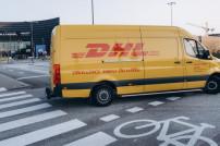 DHL-Wagen Radweg