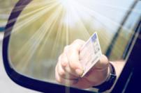 Führerschein im Rückspiegel