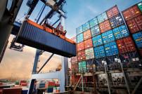 Waren Import Frachtcontainer