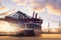 Containerhafen Elbe Hamburg