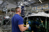 Volkswagen setzt auf Datenbrillen.